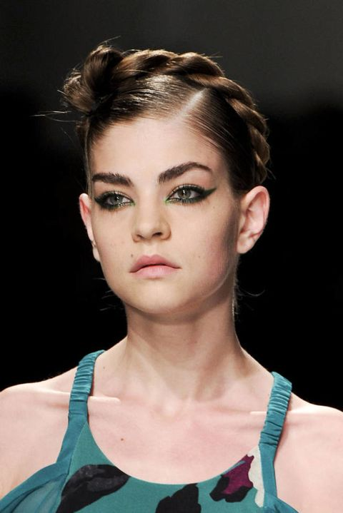 ANTONIO MARRAS SPRING 2012 RTW BEAUTY 003