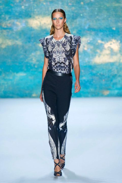 Monique Lhuillier Spring 2013 Ready-to-Wear Photos