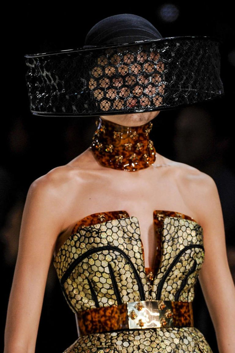 alexander mcqueen spring 2013 ready-to-wear photos