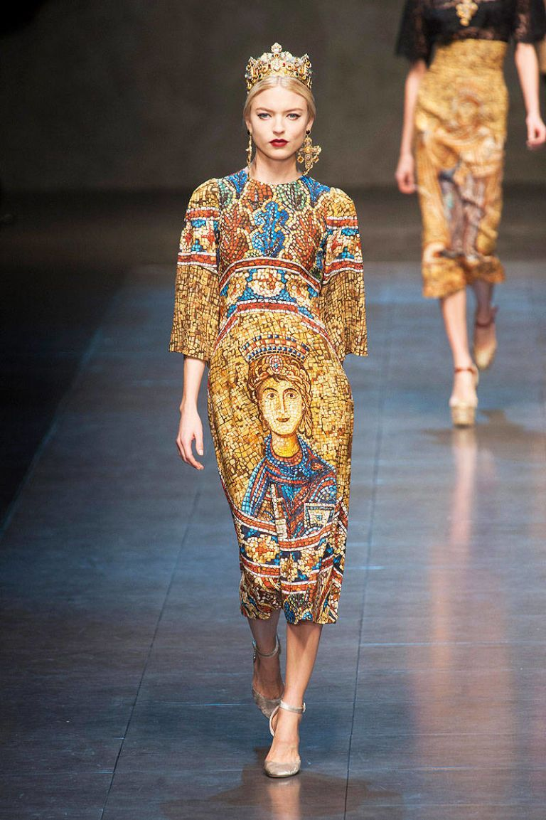 5a9ff9b1 Dolce & Gabbana Fall 2013 Ready-to-Wear Runway - Dolce & Gabbana Ready-to-Wear  Collection