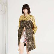 Clothing, Leg, Sleeve, Human leg, Shoulder, Dress, Joint, Style, One-piece garment, Fashion model,