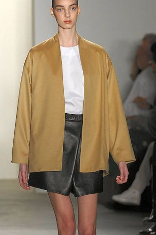 Leg, Sleeve, Shoulder, Collar, Joint, Outerwear, Standing, Style, Fashion, Fashion show,