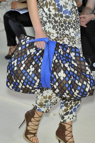 Clothing, Blue, Brown, Bag, Textile, Human leg, Joint, Pattern, Style, Street fashion,
