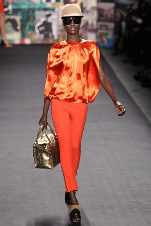 TRACY REESE FALL 2012 RTW PODIUM 001