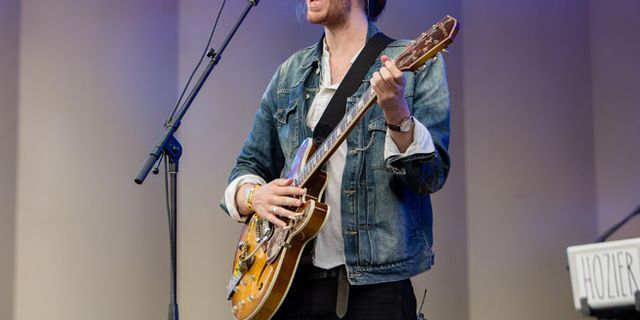 Hozier: A Sexy Irish Musician to Crush Our Melody-Starved Hearts
