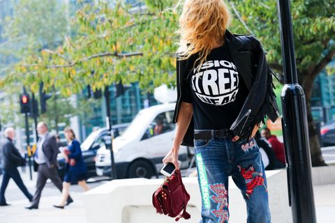 Trousers, Denim, Bag, Textile, Outerwear, Jeans, Street fashion, Fashion accessory, Luggage and bags, Shoulder bag,