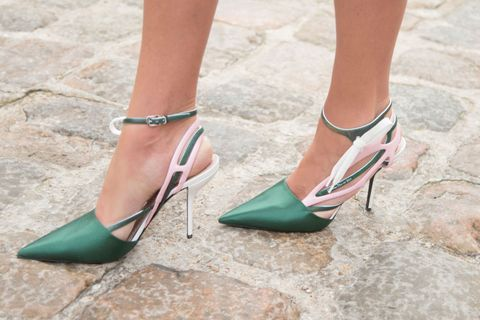 Footwear, Green, Brown, Joint, Sandal, Teal, Aqua, Tan, Foot, Beauty,