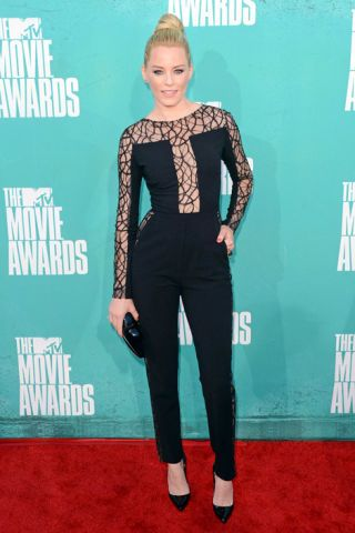 Elizabeth Banks in Elie Saab.