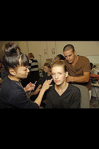 Fendi Spring 2008 Ready-to-wear Backstage - 003