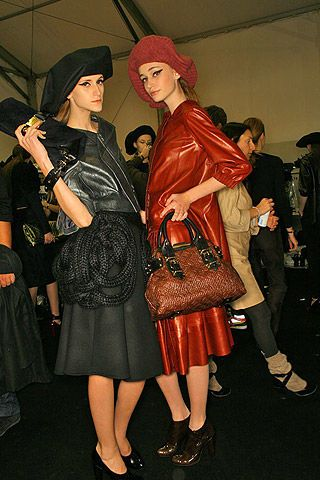 Louis Vuitton Fall 2007 Ready-to-wear Backstage - 003