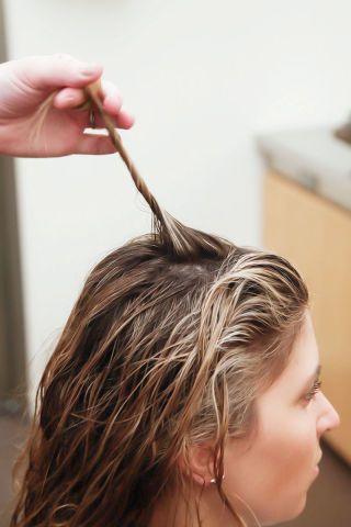 Finger, Hairstyle, Eyebrow, Style, Brush, Eyelash, Brown hair, Nail, Blond, Long hair,