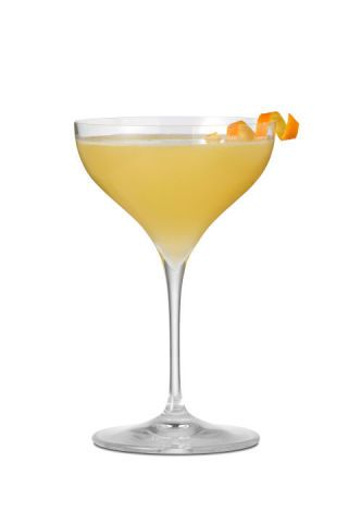 Drink, Tableware, Ingredient, Liquid, Serveware, Cocktail, Glass, Drinkware, Classic cocktail, Fruit,