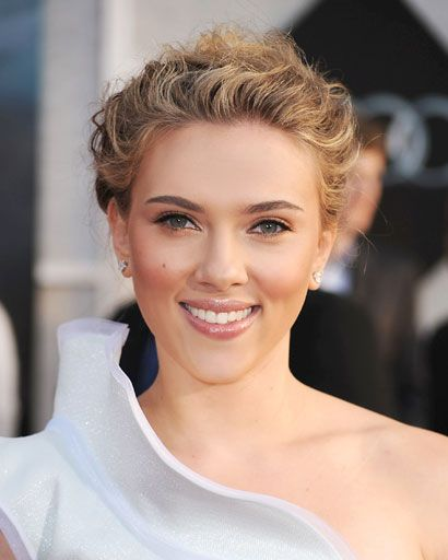 Celebrity Updos Best Celeb Updos And Hairstyles For Summer