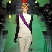 Jean Paul Gaultier Fall 2007 Haute Couture Collections - 001