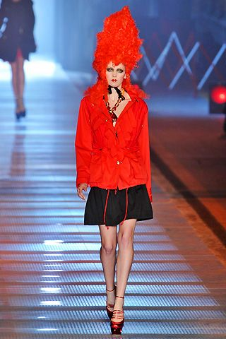 John Galliano Spring 2009 Ready-to-wear Collections - 002