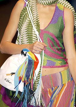 Etro Spring 2004 Ready-to-Wear Detail 0002