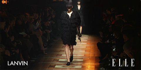 Dress, Style, Fashion show, Formal wear, Darkness, Runway, Fashion model, Fashion, Public event, Model,