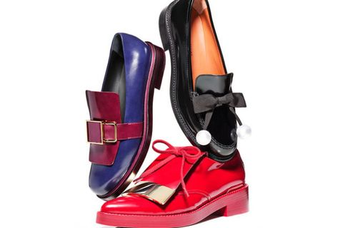 Carmine, Boot, Maroon, Leather, Outdoor shoe, Walking shoe, Synthetic rubber, Buckle, Strap, Snow boot,