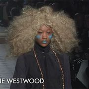 Hairstyle, Jheri curl, Jewellery, Style, Fashion, Music artist, Ringlet, Afro, Street fashion, Wig,