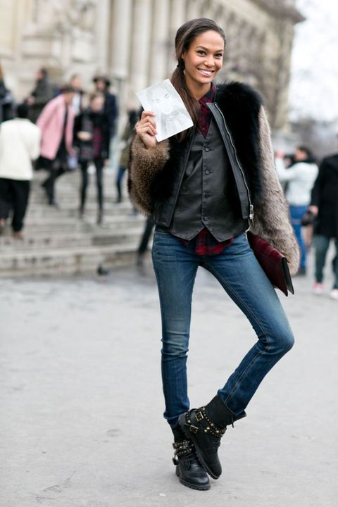 Clothing, Leg, Trousers, Denim, Jeans, Textile, Winter, Outerwear, Standing, Street fashion,