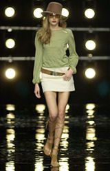Alessandro Dell'Acqua Spring 2002 Ready-to-Wear Collection 0003