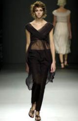 Alberta Ferretti Spring 2002 Ready-to-Wear Collection 0002