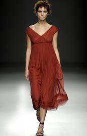 Alberta Ferretti Spring 2002 Ready-to-Wear Collection 0001