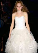 Julien MacDonald Spring 2005 Ready-to-Wear Collections 0002