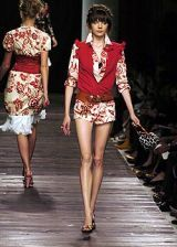 Moschino Spring 2005 Ready-to-Wear Collections 0002