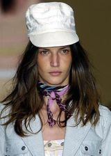 Byblos Spring 2005 Ready-to-Wear Detail 0003