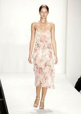 Reem Acra Spring 2005 Ready-to-Wear Collections 0002