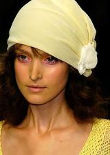 Bora Aksu Spring 2005 Ready-to-Wear Detail 0002