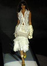 Mariella Burani Spring 2005 Ready-to-Wear Collections 0002