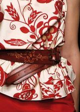 Moschino Spring 2005 Ready-to-Wear Detail 0003