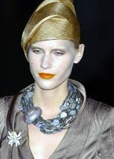 Giorgio Armani Spring 2005 Ready-to-Wear Detail 0003