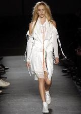 Ann Demeulemeester Spring 2005 Ready-to-Wear Collections 0003