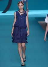 Cacharel Spring 2005 Ready-to-Wear Collections 0003