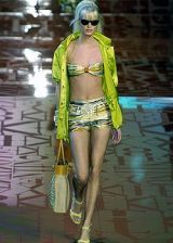 Valentino Spring 2005 Ready-to-Wear Collections 0002