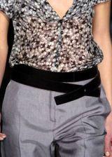Carolina Herrera Fall 2005 Ready-to-Wear Detail 0003