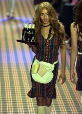 Betsey Johnson Fall 2005 Ready-to-Wear Collections 0003