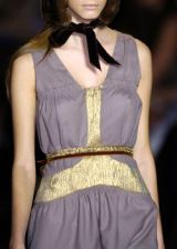 Vera Wang Fall 2005 Ready-to-Wear Detail 0003