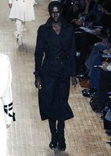 Issey Miyake Fall 2005 Ready-to-Wear Collections 0002