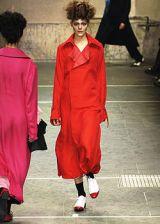 Yohji Yamamoto Fall 2005 Ready-to-Wear Collections 0002