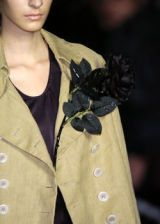 Dries Van Noten Fall 2005 Ready-to-Wear Detail 0003