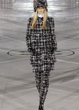 Chanel Fall 2005 Ready-to-Wear Collections 0002
