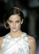 Nina Ricci Fall 2005 Ready-to-Wear Detail 0002