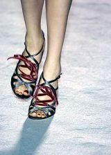 Nina Ricci Fall 2005 Ready-to-Wear Detail 0003