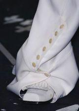 John Galliano Fall 2005 Ready-to-Wear Detail 0002