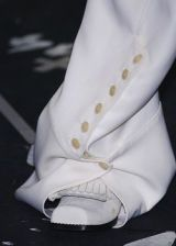 John Galliano Fall 2005 Ready-to-Wear Detail 0002