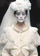 Comme des Garcons Fall 2005 Ready-to-Wear Detail 0002